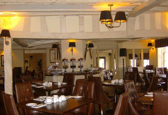 BEST WESTERN Rose And Crown In Tonbridge: Breakfast Room