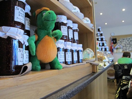 St Martins Tea Room & Grill: Preserves are available to be bought