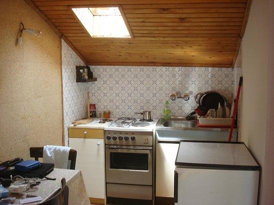 Guest House Misita : kitchen