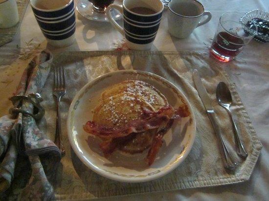 Black Swan Inn Bed and Breakfast: Breakfast custom made for you