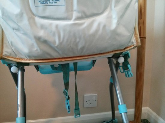 TLH Carlton Hotel: Highchair provided for my child - and this is after we attacked it with many antibacterial wipes