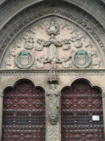 Iglesia de San Pablo: Tímpano