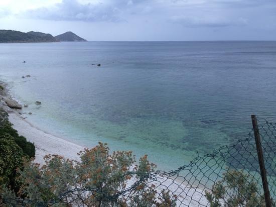 Residence Capo Bianco filce : spiaggia di capobianco lato sinistro