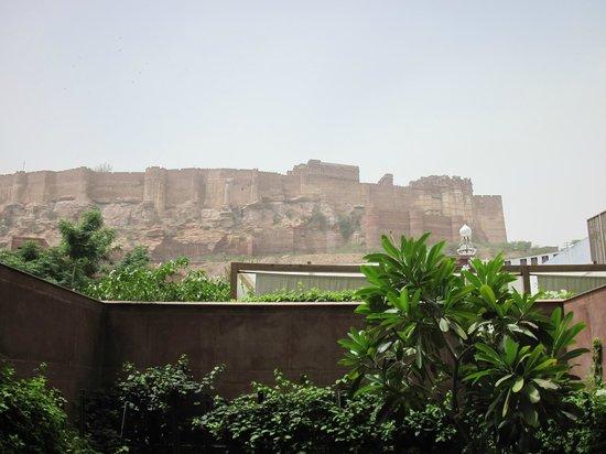 RAAS: Blick zum Fort
