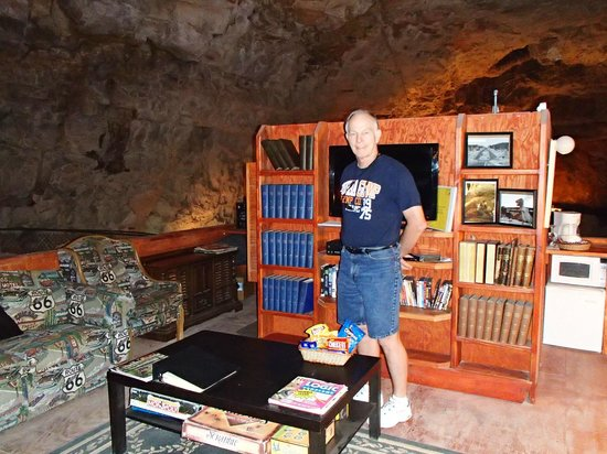 Grand Canyon Caverns Hotel Room In The Gc
