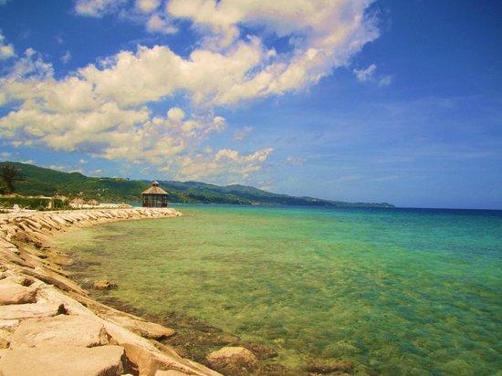Secrets St. James Montego Bay: Beautiful beach