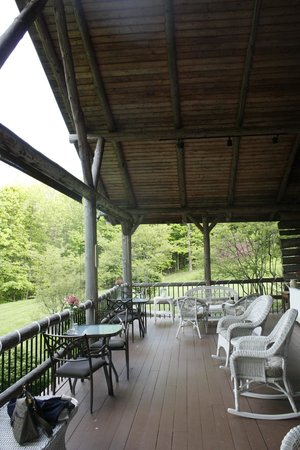 The Chalet of Canandaigua : A view of the back porch seating area