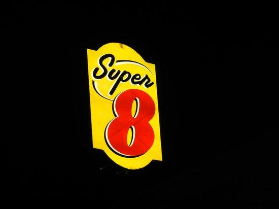 Super 8 by Wyndham Calhoun照片