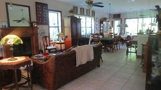 Cinnamon Inn Bed & Breakfast: Dining Area