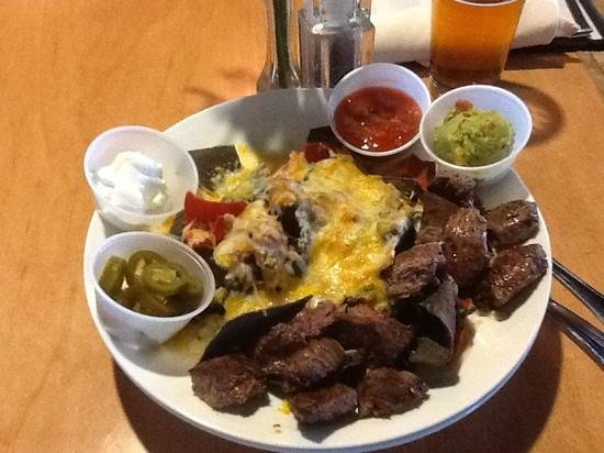 Timberline Steaks & Grille: nachos at Timberline