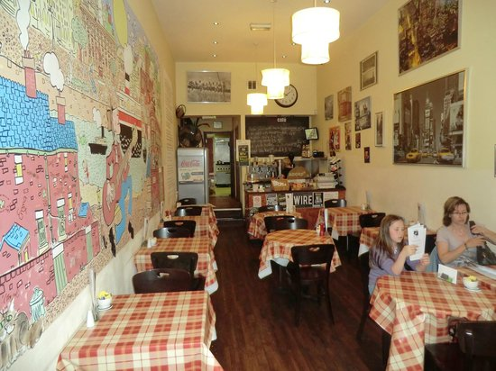 City Cafe: Inside