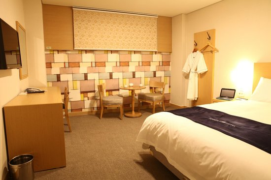 Tower hill hotel busan zuid korea foto 39 s reviews en for Boutique hotel ytt nampo