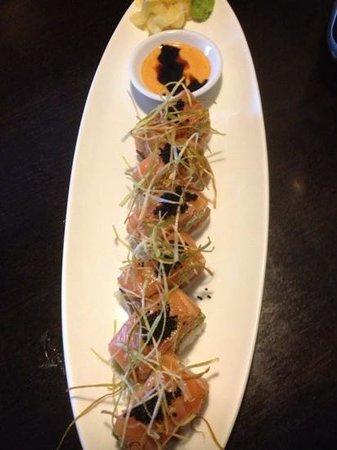 Kaiseki Japanese Restaurant: Imperial Roll (special)