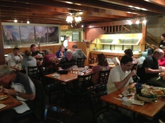 Cedar Lodge Restaurant Foto