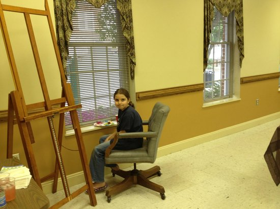 Shenandoah Showcase - Art at the Strasburg Town Hall: A young water color student makes a monthly trip to meet the artists.