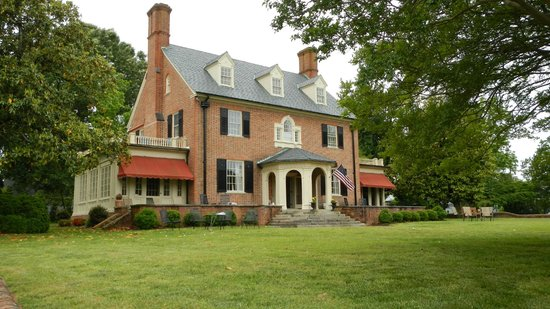 Hornsby House Inn: Walk from here to the Yorktown Battlefield