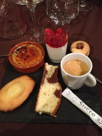 Au Pain d'Epices: café gourmand