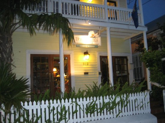 Tropical Inn : Entrance from Duval Street