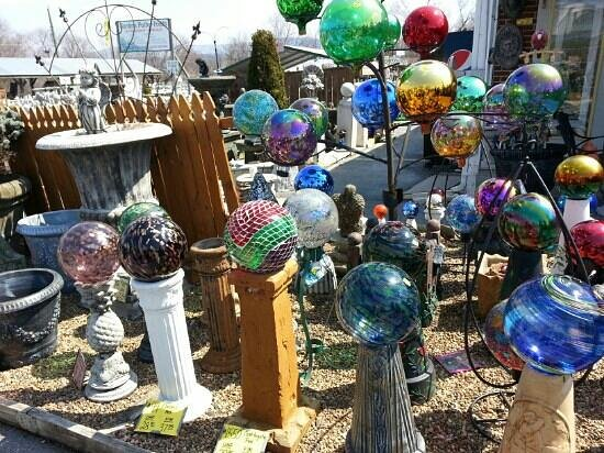 Harper's Statuary and Water Gardens: Huge selection of unique gazing balls!
