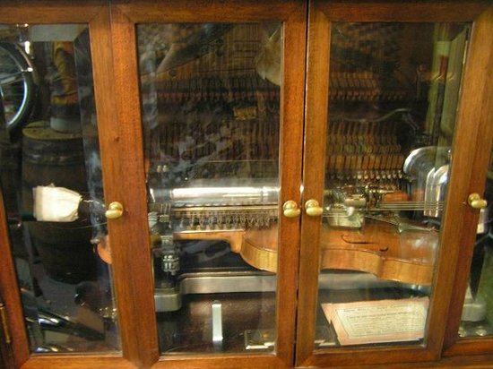 Art In Motion Vintage Motorcycle Museum: Player Violin