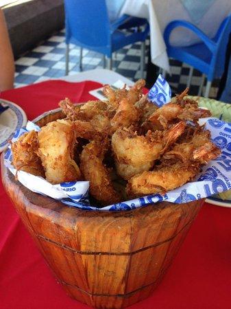El Shrimp Bucket: Coconut Shrimp 260.00 peso