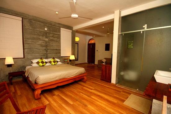 Thaproban Pavilion Resort and Spa : Centre Pavilion Bed Room