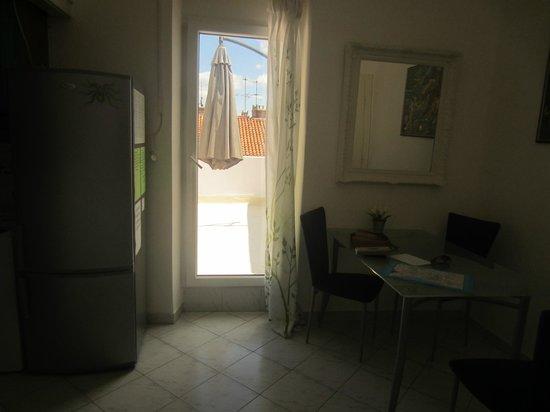 Apartments Priska: dining opening to balcony