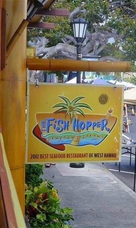 Humuhumunukunukuapua 39 a metal wall art picture of fish for Fish hopper menu
