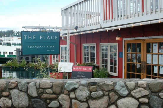 The Place Restaurant & Bar: The Place Bar & Grill