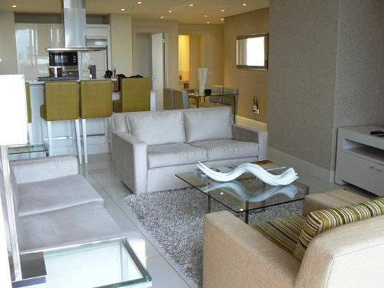 Lawhill Luxury Apartments: Open plan living and dining