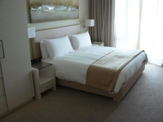 Lawhill Luxury Apartments: Master BR