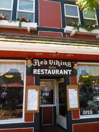 Red Viking Restaurant: same as in the 80's