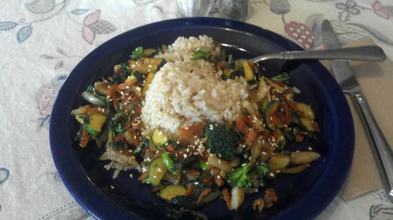 Amelia's Garden Green Grocer and Organic Cafe: Unbelievable stirfry