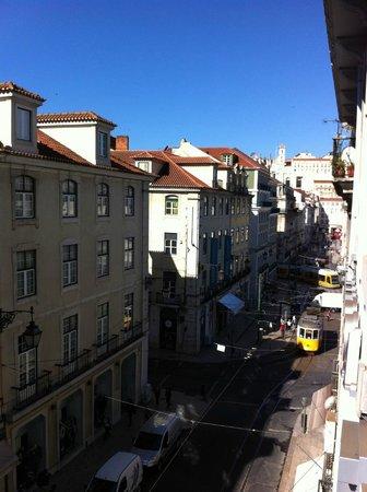 Hotel Lisboa Tejo: Blick aus dem Fenster Richtung Praça da Figueira