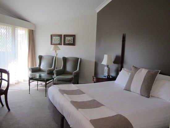 Mercure Resort Hunter Valley Gardens: Comfy king-sized bed