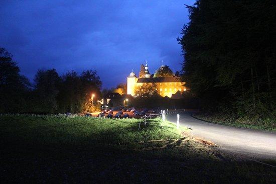 Burghotel Schnellenberg: bij avondlicht