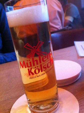 Brauhaus Pütz: They're brought without the need for asking; as it should be everywhere :)