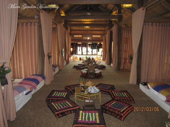 Moon Garden Homestay: Stilt House or Pile dwelling is typical house of ethnic population lived in moutainous regions
