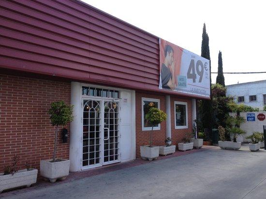 Ibis Madrid Fuenlabrada: Exterior del hotel