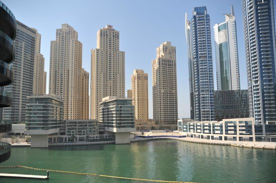 Promenade Walk Picture Of Dubai Marina Mall Dubai