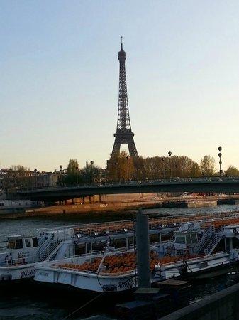 Hotel George Sand : 에펠타워