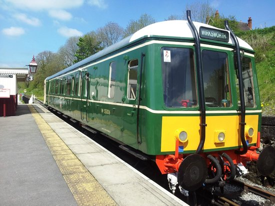 Ecclesbourne Valley Railway : M55006 at Wirksworth