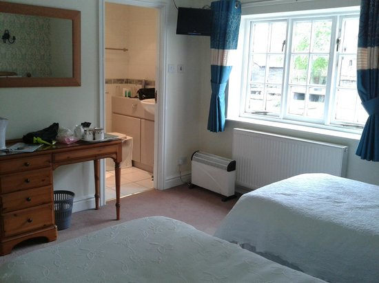 Red Lion Inn - Little Budworth: Room 1