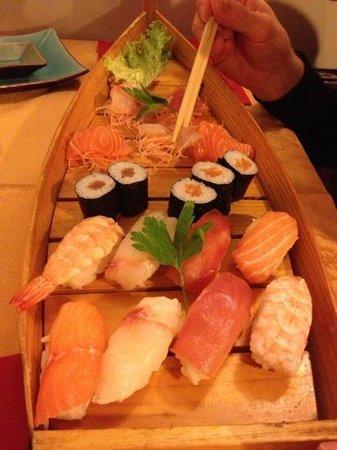 Sushi Aurora Photo