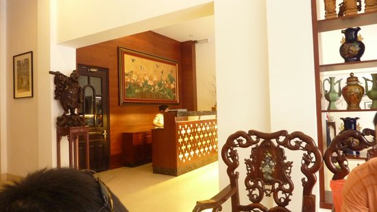 Hong Ngoc Dynastie Hotel : Lobby area