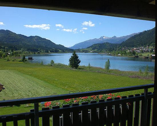 Seehaus Winkler: Blick vom Balkon einer Wohnung in Richtung Lienzer Dolomiten