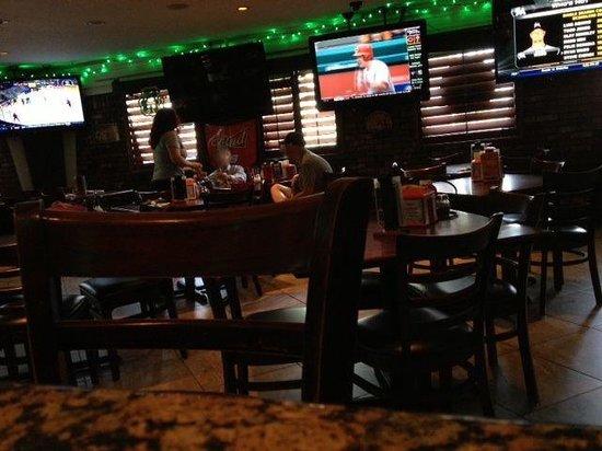Shenanigans Sports Pub & Restaurant: Inside Main Bar