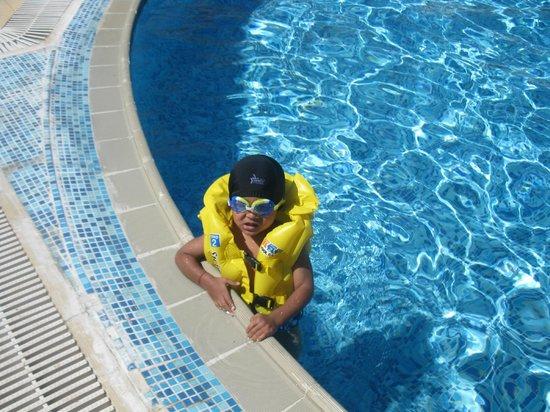 Al Saeed Hotel Taiz - MGallery Collection: swimming pool,