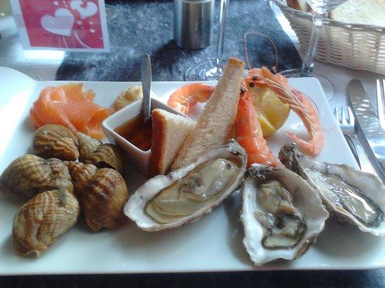 restaurant de la haute ville : assiette de fruits de mer