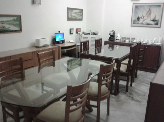 BnB Chrysalis: The Dinning area
